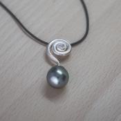 Pendentif perle tahiti-ag arabesque _Lau_2018 copia